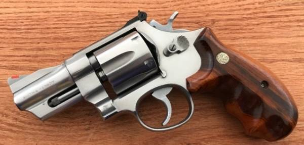 """Smith & Wesson - SOLD Smith & Wesson Model 624 3"""" SS 44 Special Excellent W/ Combat Grips"""