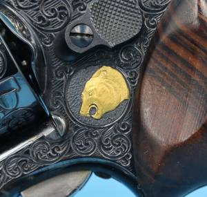 """Smith & Wesson - SOLD Smith & Wesson Full coverage Engraved Model 19-2 4"""" Unfired Blue with a lot of Gold - Image 5"""