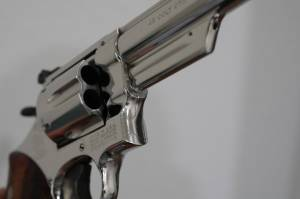 """Smith & Wesson - Smith & Wesson  Model 25-5 45 Long Colt 4"""" Nickel Extremely nice in Display case - Image 4"""